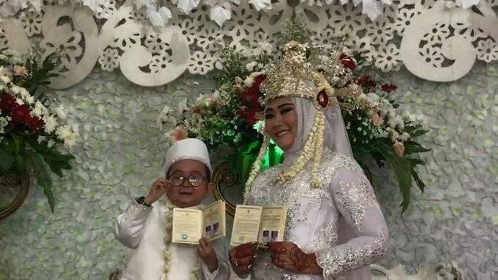 daus-mini-resmi-menikah-untuk-ketiga-kali.jpg