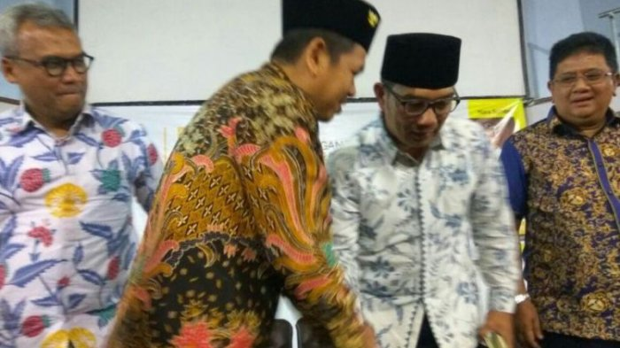 Ridwan Kamil Datang, Tiba-tiba Dedi Mulyadi Pamit Pergi