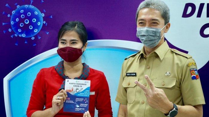 Wakil Wali Kota Bogor, Dedie A Rachim kembali meninjau pelaksanaan vaksinasi massal bagi pekerja retail, Senin (29/3/2021).