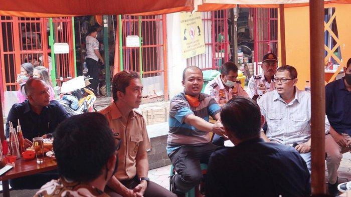 Tinjau Teras Surken, Wakil Wali Kota Bogor Dedie A Rachim Tampung Aspirasi: Nanti Akan Ada Perbaikan