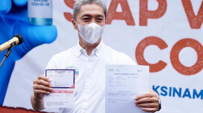 Wakil Wali Kota Bogor Dedie Rachim menjadi orang pertama yang disuntik vaksin, Kamis (14/1/2021).