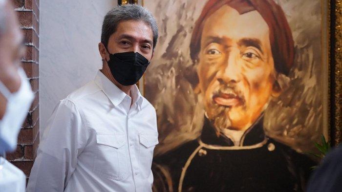 Napak Tilas Raden Saleh di Kantor KPP Pratama, Dedie A Rachim Kagumi Lukisan Sang Maestro