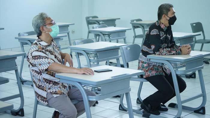 Dedie A Rachim, Wakil Wali Kota Bogor saat meninjau kesiapan uji coba PTM di Sekolah Kesatuan Bogor, Kamis (27/5/2021).