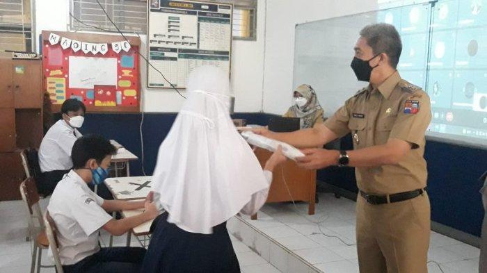 Cek Hari Pertama PTM, Wakil Wali Kota Bogor Adakan Kuis Berhadiah untuk Siswa