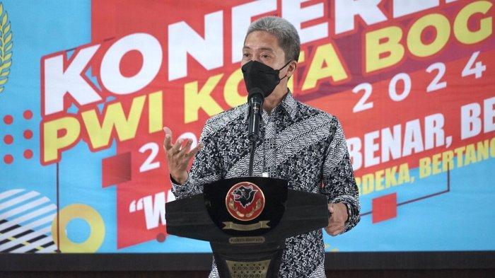 Wakil Wali Kota Bogor, Dedie A Rachim saat membuka Konferensi PWI Kota Bogor, Sabtu (2/10/2021).