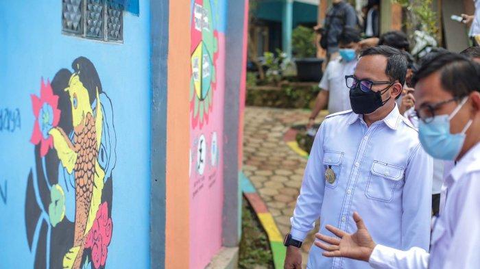 Wali Kota Bogor Bima Arya menghadiri deklarasi Gerakan Masyarakat Hidup Sehat (Germas) di Kampung Besek RW 3, Kelurahan Bojongkerta, Kecamatan Bogor Selatan, Rabu (15/9/2021).