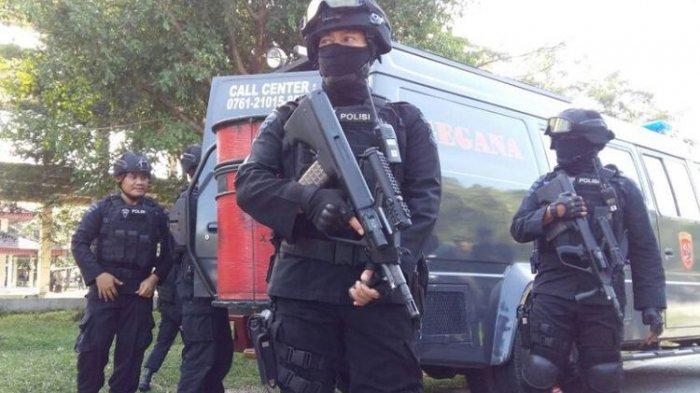 13 Terduga Teroris Ditangkap Karena Berencana Ganggu TPS di Pilkada Besok