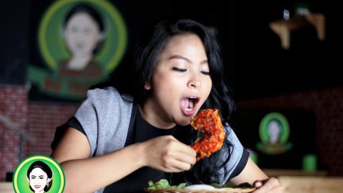 Gurihnya Ayam Jotos Depot Bu Tresno Milik Tantri Kotak Ini Pedasnya Bikin Nagih Tribunnews Bogor