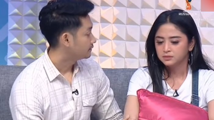 Dewi Perssik Ungkap Ingin Cerai dari Angga Wijaya, Pakar Ekspresi Singgung Drama: Masa Drakor Doang?