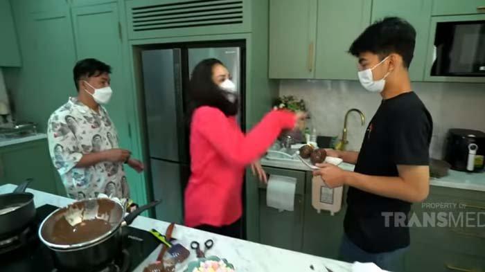Dibuatkan Kue, Ucapan Dimas Malah Bikin Nagita Emosi, Istri Raffi Geram : Jangan Macem-macem Lu !