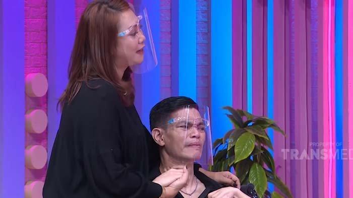 Dicerai Istri saat Lumpuh, Nino Elkasih Nangis Dengar Alasan Mantan Minta Rujuk 'Apapun Kondisinya'