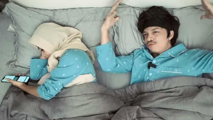 Dikira Anggun, Atta Halilintar Syok Lihat Kelakuan Istri saat Tidur, Aurel Sewot : Abang Jahat Ih !