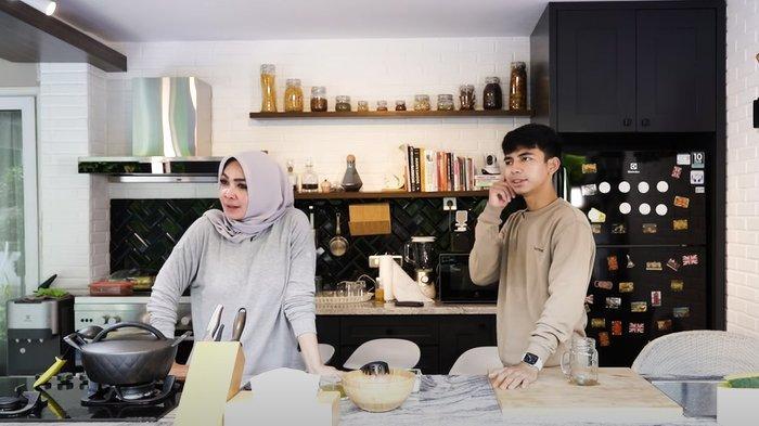 Ditanya Lebih Cantik Mama Rieta atau Nagita, Dimas Beri Jawaban Ini, Mertua Raffi Ahmad Histeris