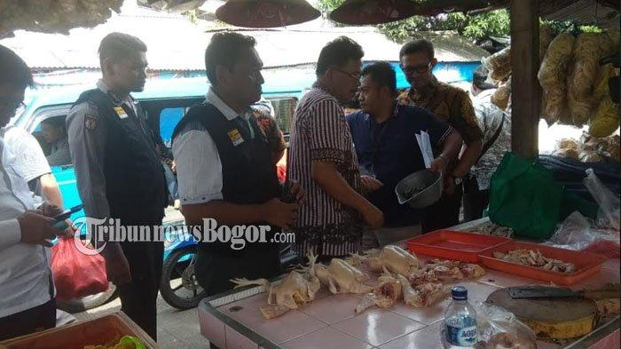 Usai Tahu, Petugas Disperindag Kota Bogor Temukan Usus Diduga Mengandung Formalin