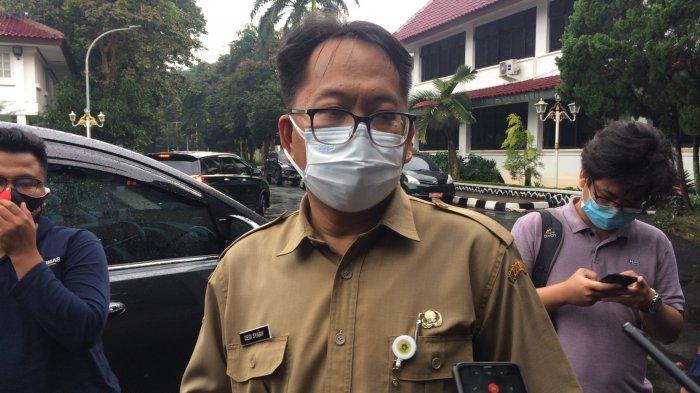 Sampah APD Dibuang di Pinggir Jalan Bogor, Ini Kata Dinkes
