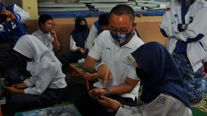 Tahun Baru Islam, Sekjen PAN Eddy Soeparno Salurkan Bantuan di Bogor