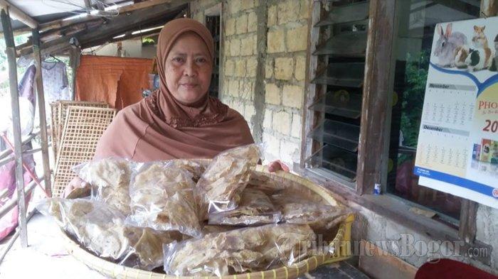 Emping Jengkol Khas Kota Bogor, Makanan Tradisional yang Sering Dibawa Keluar Negeri untuk Oleh-oleh