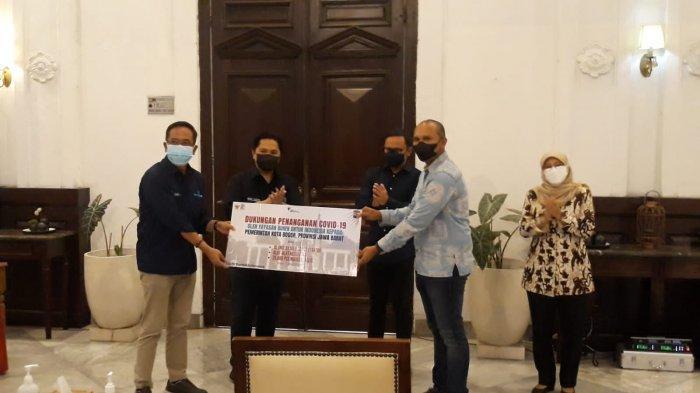 Datang ke Kota Bogor, Erick Thohir Bawa Bantuan Alat Kesehatan untuk Puskesmas