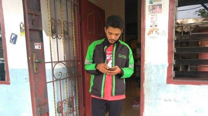 Driver Ojek Online Ini Lolos Jadi Anggota DPRD : Istri Mimpi Didatangi Jokowi, Modal Pas-Pasan