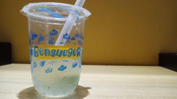 Minuman Rasa Makanan di Bensueger, Mulai dari Es Martabak Sampai Es Klepon