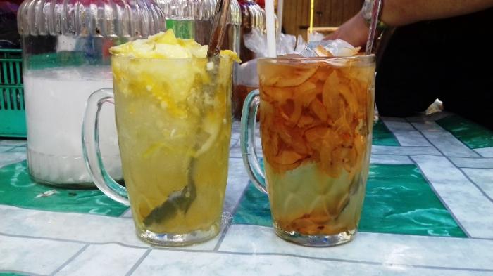 Es pala Bu Aisyah berada di Gang Aut, Jalan Suryakencana, Kecamatan Bogor Selatan, Kota Bogor.