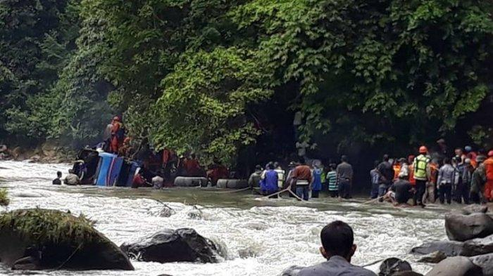 Sopir Bus Sriwijaya Diduga Tak Mengerem Sebelum Terjun ke Jurang