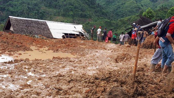 38 Orang Masih Tertimbun & 5 Tewas, Ini Video Saat Detik-detik Evakuasi Korban Longsor di Cisolok