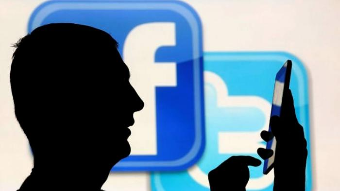 Tampilan Baru Facebook, Mirip Seperti Twitter dan Ada Dark Mode