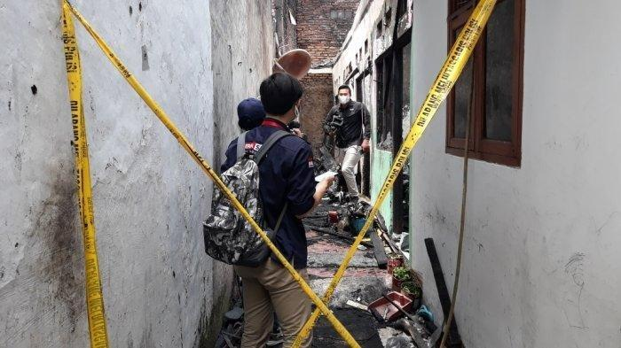 Cerita Nanang Selamatkan Keluarga saat Kebakaran di Matraman, Masih Syok : Buka Pintu Api Nyembur