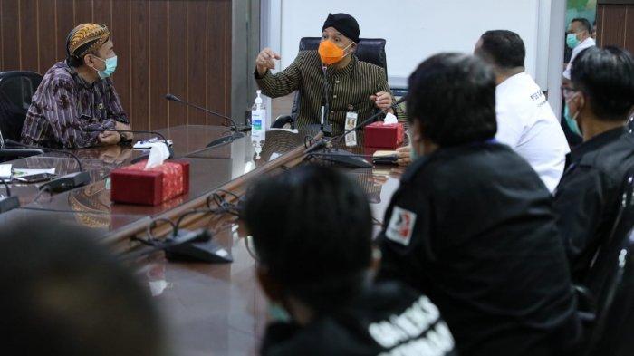 Ganjar Pranowo Digugat Pengusaha Jateng Gara-gara Naikkan UMP, Buruh Siap Pasang Badan