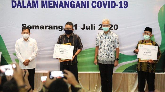 5 Ahli Waris dari Tenaga Medis yang Gugur Terima Penghargaan, Ganjar Pranowo: Bentuk Penghormatan