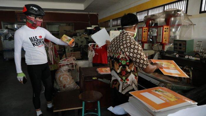 Tengok Rumah Kemasan, Ganjar Pranowo Kaget Lihat Barang-barang di Dalamnya