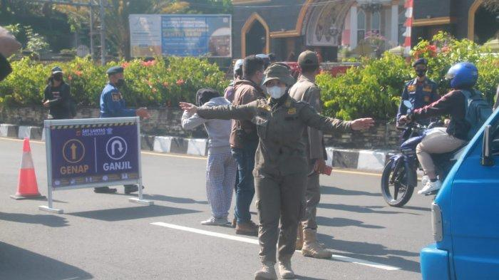 Bupati Bogor Klaim Ganjil Genap Jalur Puncak Kurangi Mobilitas Kendaraan hingga 40 Persen