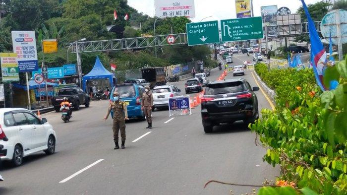 Terjaring Aturan Ganjil Genap di Puncak Bogor, Wisatawan Bingung Cari Jalan Alternatif