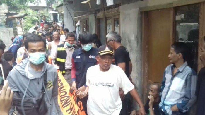Tak Diperhatikan Keluarga Hingga Kabur dari Rumah, Pemuda Ini Gantung Diri di Kamar Kos