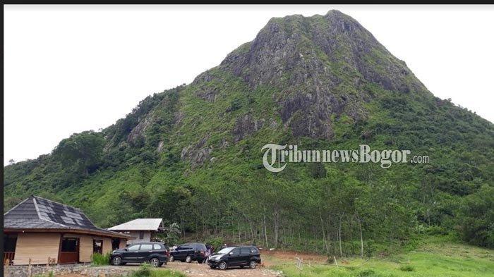 Gunung Batu Sukamakmur, Kabupaten Bogor.