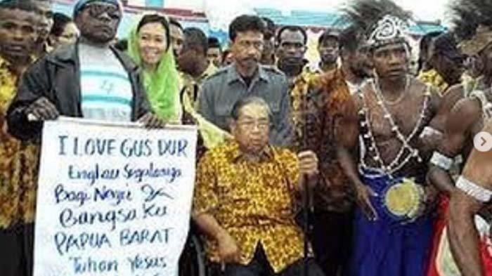 Selain Ubah Nama Irian Jaya Jadi Papua, Ini Daftar Peran Gus Dur sehingga Dicintai Rakyat Papua