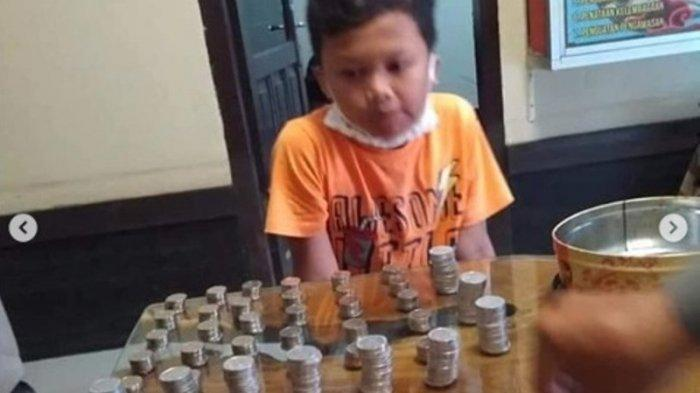 Cerita Bocah di Bandung Sumbang Celengan untuk APD Tenaga Medis, Ibu : Tadinya Buat Nikahan Kakaknya