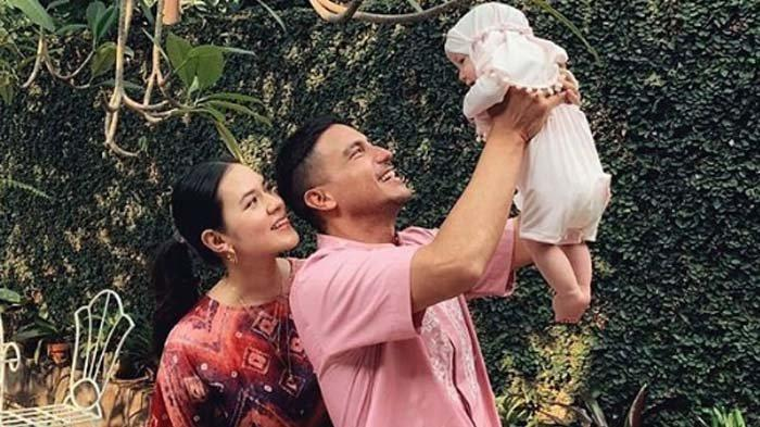 Putri Raisa Lakukan Hal Tak Biasa di Kamar Mandi, Hamish Daud Kaget Lihat Anak Teriak saat Dilarang