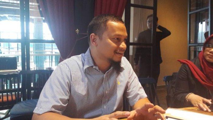 Politikus Partai Amanat Nasional Hanafi Rais saat berbincang dengan wartawan di Senopati, Jakarta, Rabu (7/3/2018)(KOMPAS.COM/Ardito Ramadhan D)
