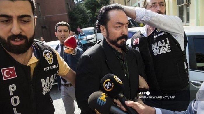 Terbukti Memperkosa, Adnan Oktar Alias Harun Yahya Dihukum 1.075 Tahun Penjara