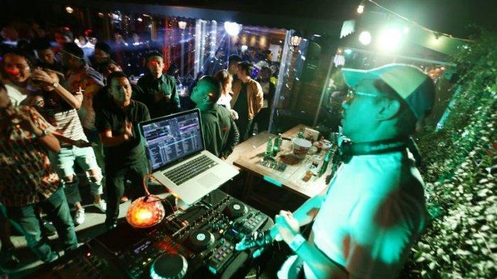 Dibuka Untuk Milenial, Homer Bar dan Resto Datangkan DJ Sambil Tunggu Fenomena Gerhana Bulan