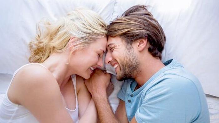 Cara Cepat Hamil Setelah Selesai Haid, Fokus Hubungan Intim di Masa Subur atau Rutin 2 Hari Sekali