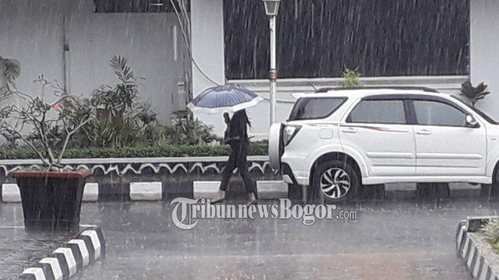Peringatan Dini Cuaca BMKG Sabtu 23 Januari 2021: 21 Daerah Berpotensi Hujan Lebat