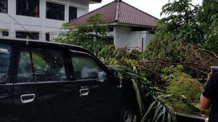 6 Kampung di Leuwiliang Bogor Diterjang Angin Kencang, Puluhan Rumah Rusak