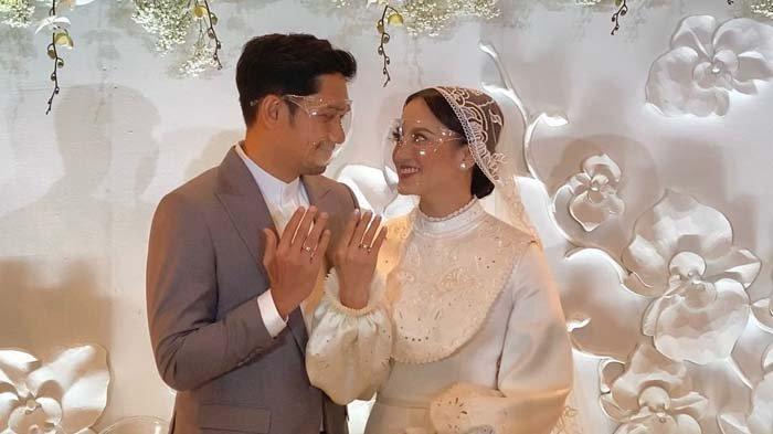 Perjalanan Cinta Ibnu Jamil dan Ririn Ekawati, Intip Foto-foto Pernikahannya