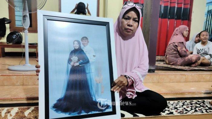Baru 2 Bulan Nikah, Istri Serda Pandu Yudha Selalu Tanyakan Suami yang Hilang Bersama KRI Nanggala