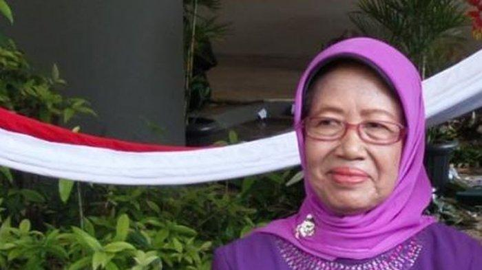 Momen Terakhir Ibunda Jokowi, Ingin Segera Shalat Ashar, Keluarga Sempat Foto Bersama