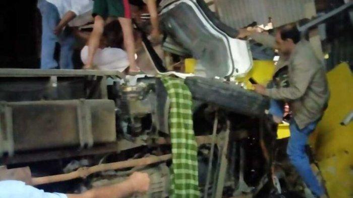 Identitas Korban Kecelakaan Maut di Puncak, 4 Pelajar Asal Tangerang Tewas - Musisi Depok Luka