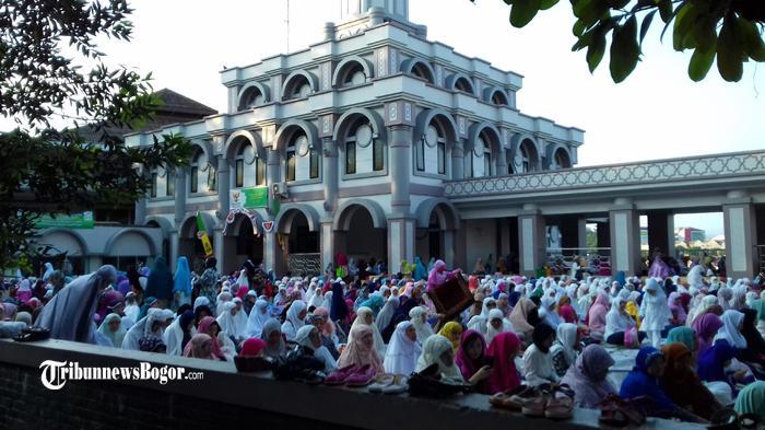 Niat dan Tata Cara Sholat Idul Adha, Lebaran Haji 2021 Tanggal Berapa?